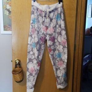 Women's plus sized lounge/sleep pants